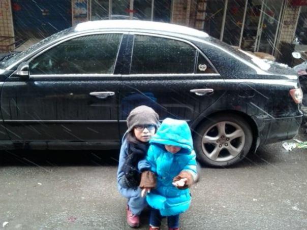 Liejung y su sobrina en Changsha . Nevando!!