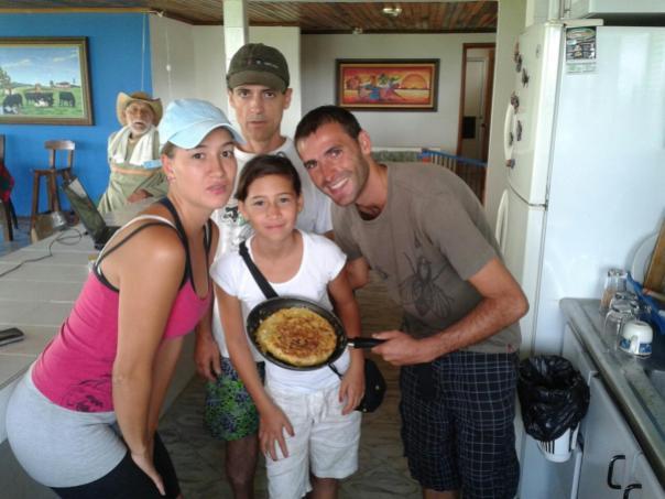 Con Andrea , angela y Juan en Pereira