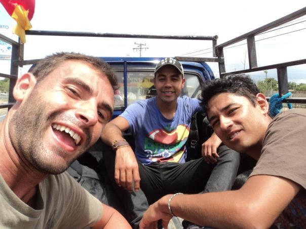 Con Jose y Arturo , Camino de Guayaquil