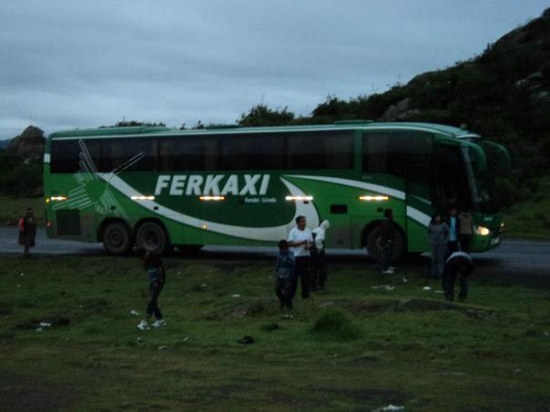 El bus , camino a Cusco ...