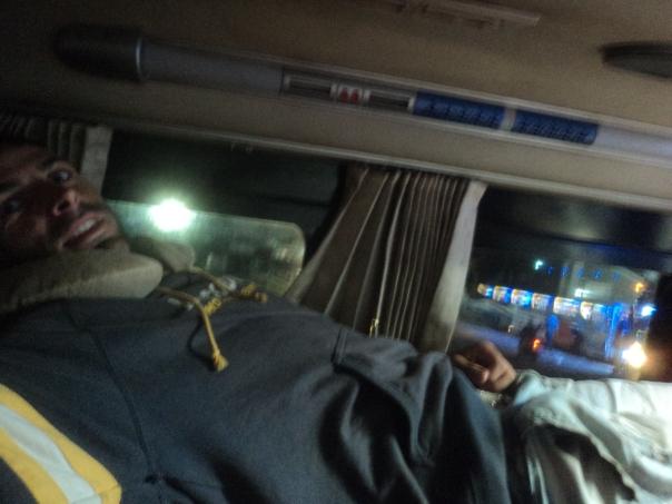 Bus nocturno en Vietnam .