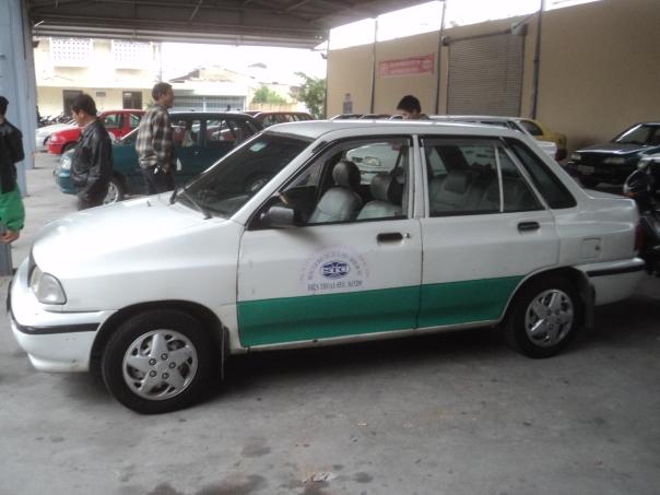 Coche de Autoescuela en Vietnam