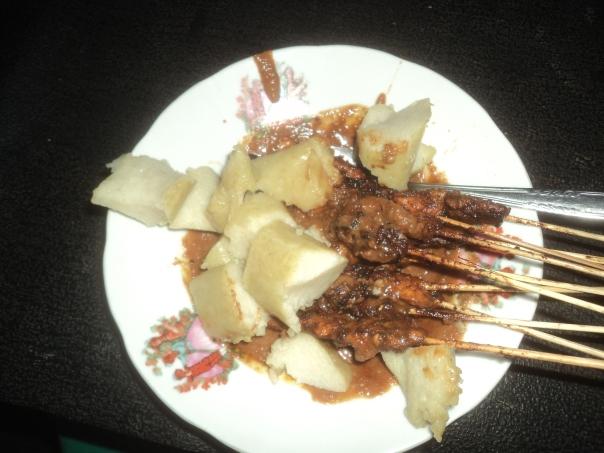 Sate , mi plato favorito en Indonesia