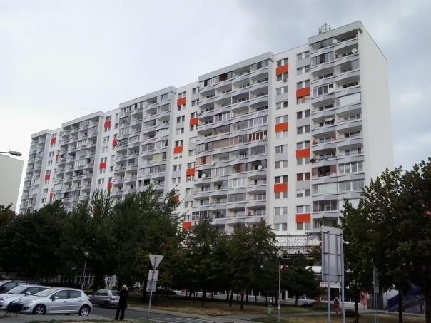 Edificios del Comunismo , en Bratislava .