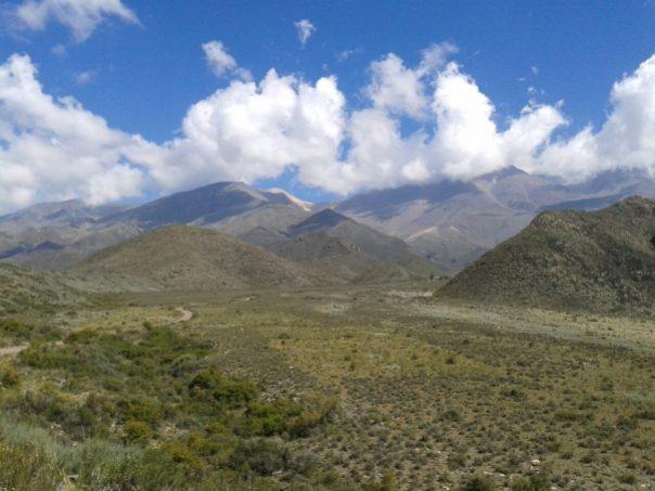 Paisaje a la salida de Mendoza
