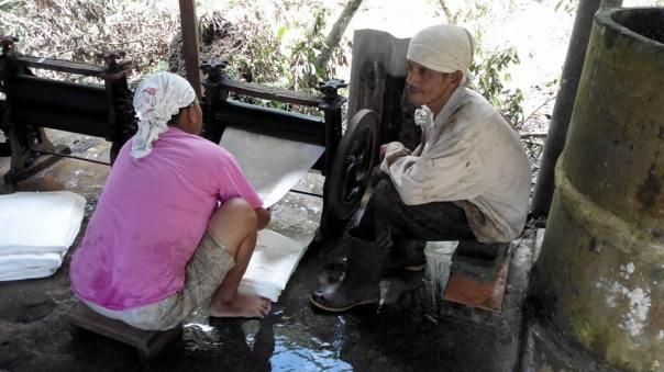 Trabajando con el latex , en Trang
