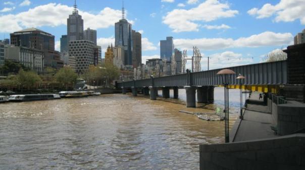 Rio Yarra , en Melbourne .