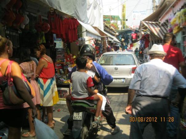 Mercado , en Tirana