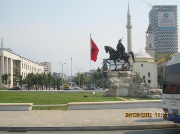 Plaza Skandenberg , en el centro de Tirana