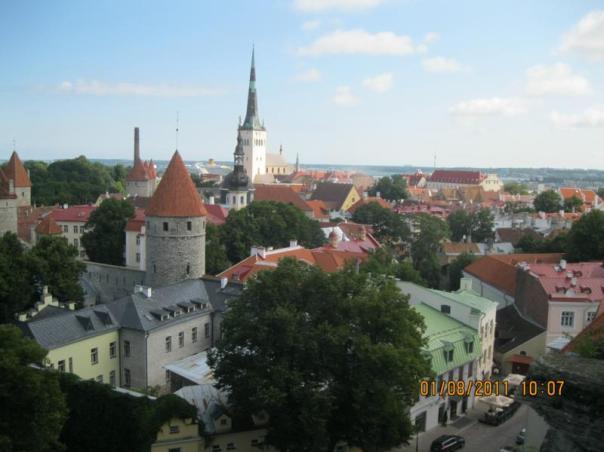 Vistas desde el Mirador , en Tallin .