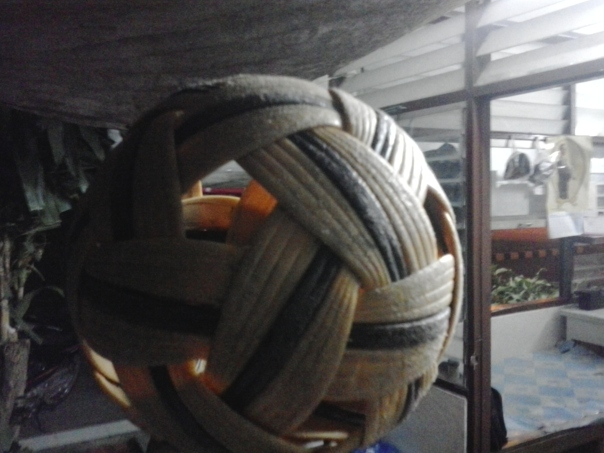 Pelota de bambu .