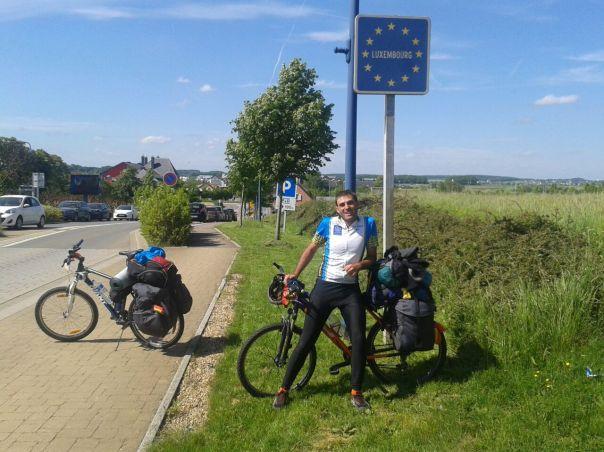 Entrando a Luxemburgo .